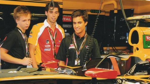 Kevin Korjus y Albert Costa, de la Renault Academy.