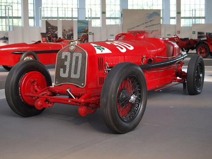 800px-Alfa_Romeo_P2_1930