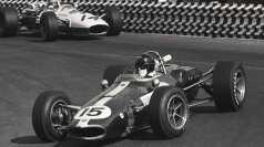 Dan-Gurney-Eagle-1966